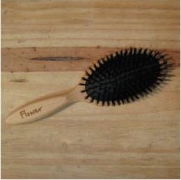 Brosse à cheveux - plate sanglier sur coussin