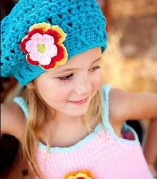 Bonnet en crochet - tuquoise - petite fille
